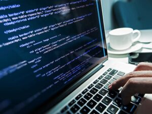 software developer salary uk